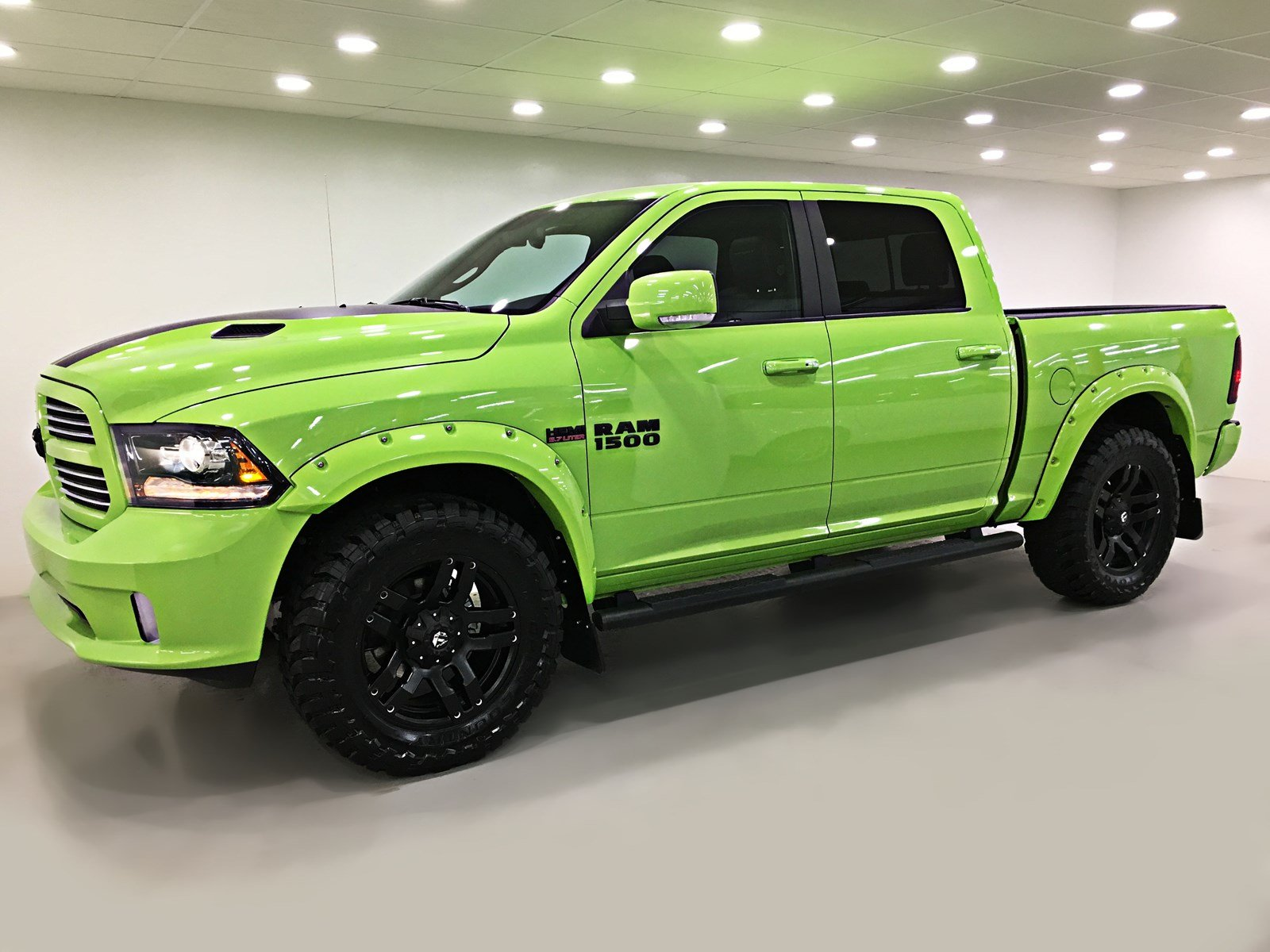 New 2017 Ram 1500 Sublime Sport Crew Cab Levelling Kit