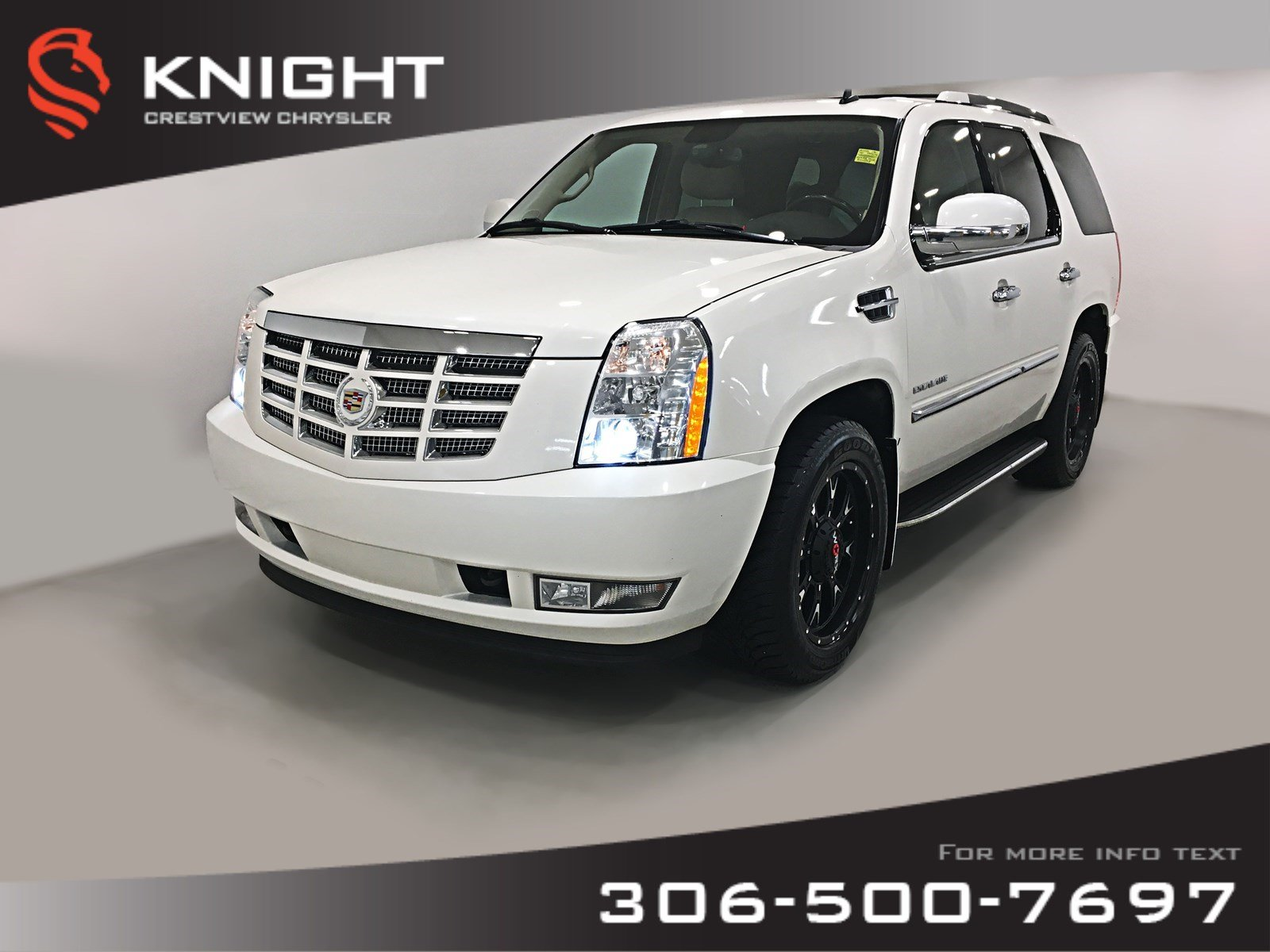 Pre-Owned 2011 Cadillac Escalade AWD | Leather | Sunroof | Navigation